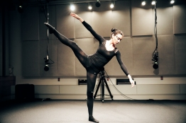 Dancer: Elisabeth Bizoirre